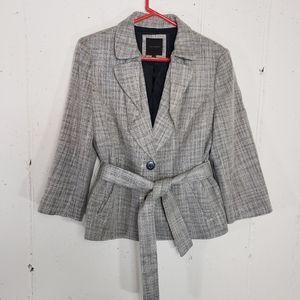 Limited 10 black/ white belted 3/4 sleeve blazer